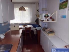 Prodej bytu 2+1 s lodžií na Skřivánku, ul. SNP