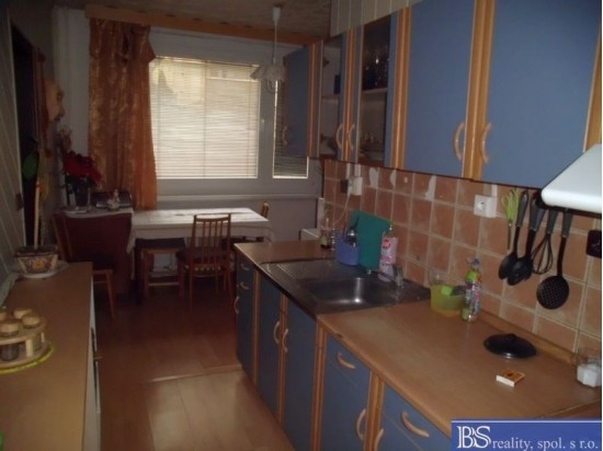 Prodej bytu 4+1L v ulici Hluboká (Neštěmice)