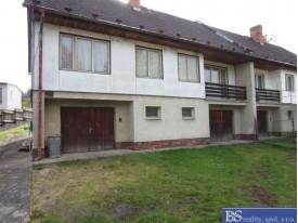 Prodej domu se zahradou v obci Hliněný Újezd