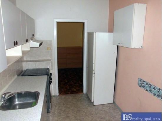Prodej družstevního bytu 4+1L v ulici Neštěmická