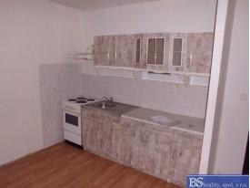 Pronájem bytu 1+kk v ulici Obvodová