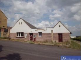 Prodej dvou rodinných domů v obci Chožov