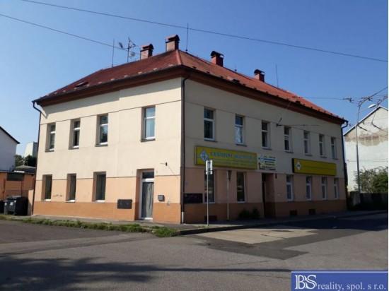 Prodej bytového domu v Předlicích