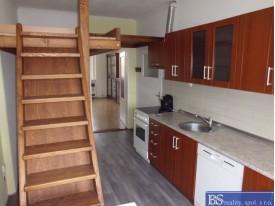 Prodej bytu 1+1 s balkonem v ul. Fügnerova, Trmice